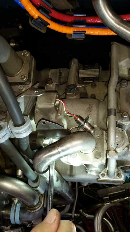 FuelPressureSwitch2_103115.jpg