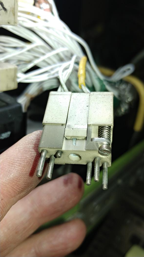 short-pin_418.jpg